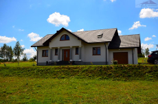 House for sale with the area of 310 m2