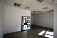 Commercial facility for rent with the area of 82 m2