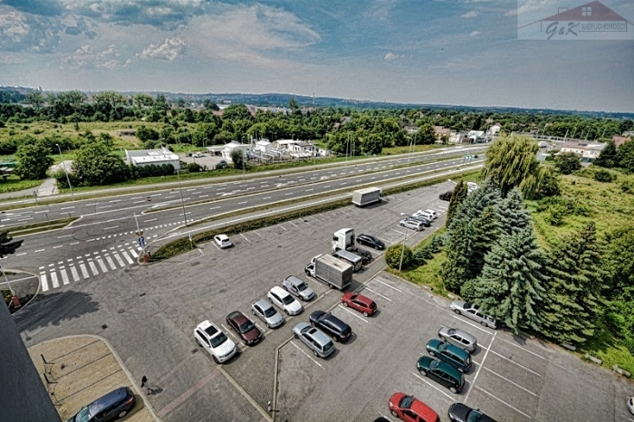 Commercial facility for sale with the area of 1656 m2