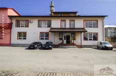 Commercial facility for sale with the area of 805 m2
